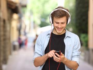 podcast-listener