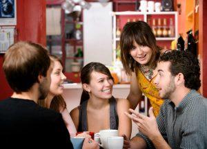 friends-coffee-talking